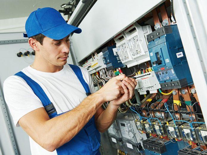 sửa chữa điện an toàn